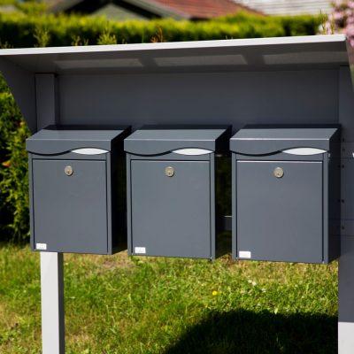 Postkasser og postkassestativer